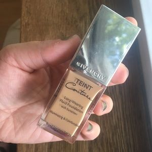 Givenchy Teint Couture Foundation Elegant Gold